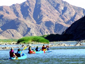 187kb-Family-rafting-tours-on-Orange-River